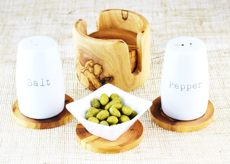 wooden olive wood set of 6 coasters in a non rustic holder with salt and pepper shakers sous dessous de Verres en bois d'olivier by MR OLIVEWOOD® wholesale manufacturer US based supplier USA Canada