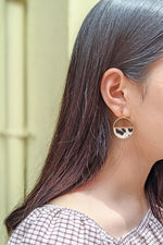 Neomi Clip-on Earrings
