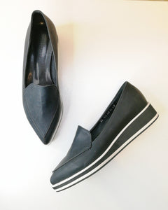 Rabee Sneakers in Black