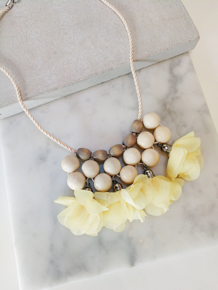Lise Necklace in Yellow