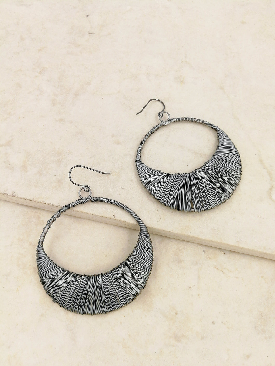 Ezra Hoop Earrings in Gunmetal