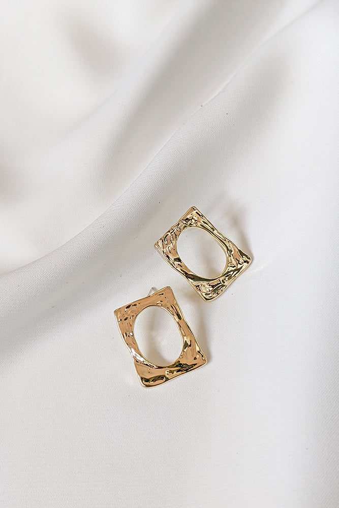 Eada Earrings