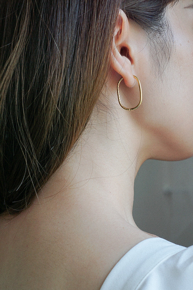Ellie Hoop Earrings