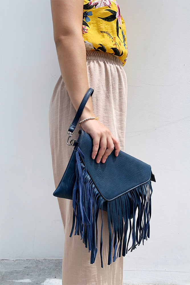 Frill Envelope Clutch
