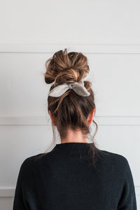 Cozy Bow Scrunchie | The Becca