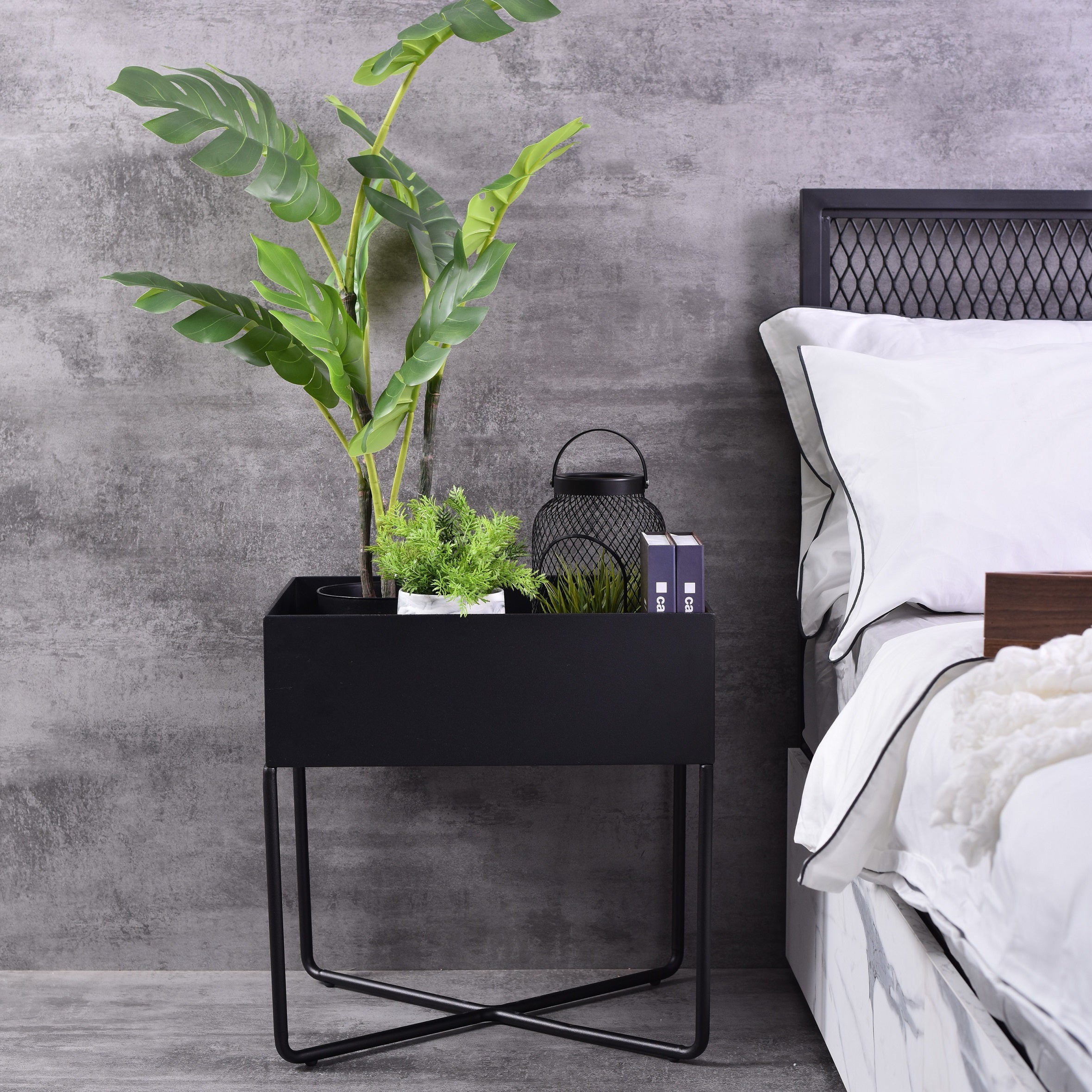 Gimli bedside table, Black