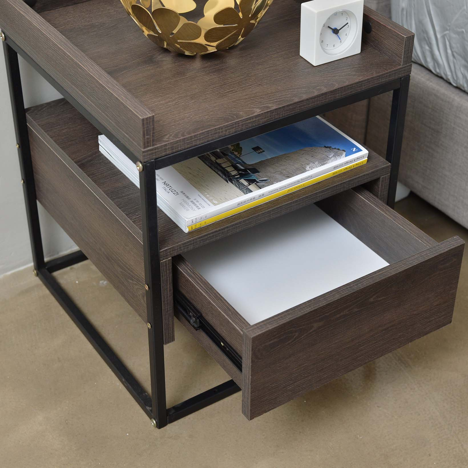 Valley bedside table, antico wenge