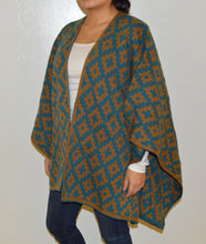 Load image into Gallery viewer, Alpaca Wool Cape - More Colors Available