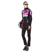 front side - Women wearing a cycling suit in purple colour
