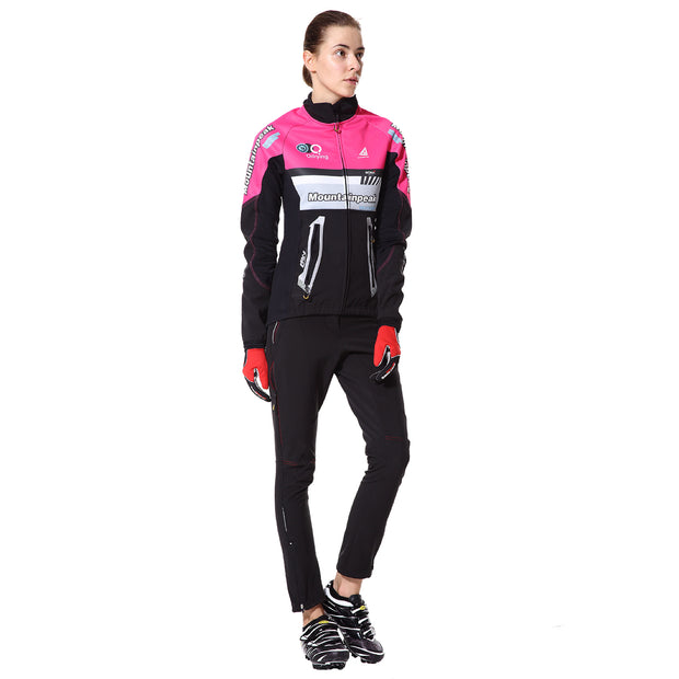 front side - Women wearing a cycling suit in pink colour