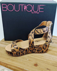 Fay - Distressed Leopard Corky's