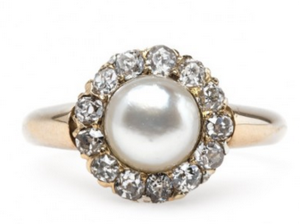 Victorian Antique Engagement Rings Rise in Popularity