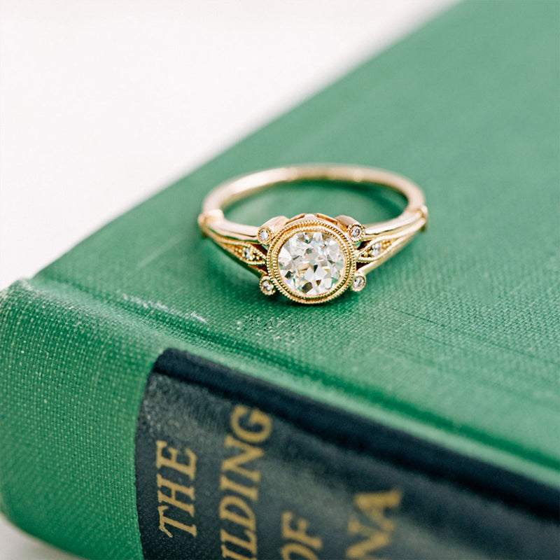 Literary Classics That Perfectly Encapsulate Our Antique Rings