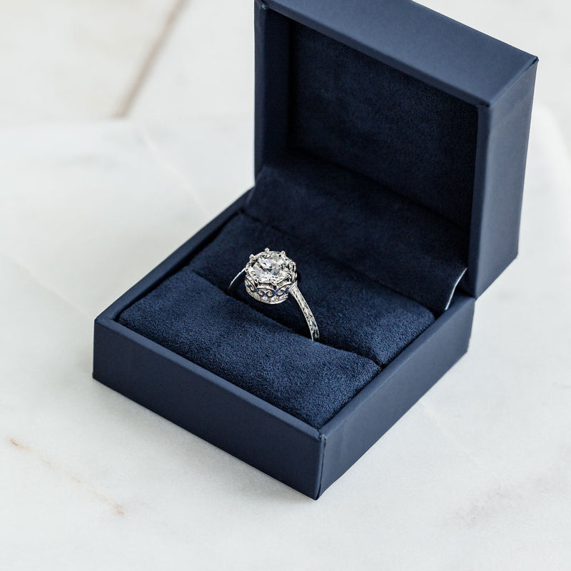 3 Tips to Keep in Mind When Shopping for Round Cut Vintage Engagement Rings