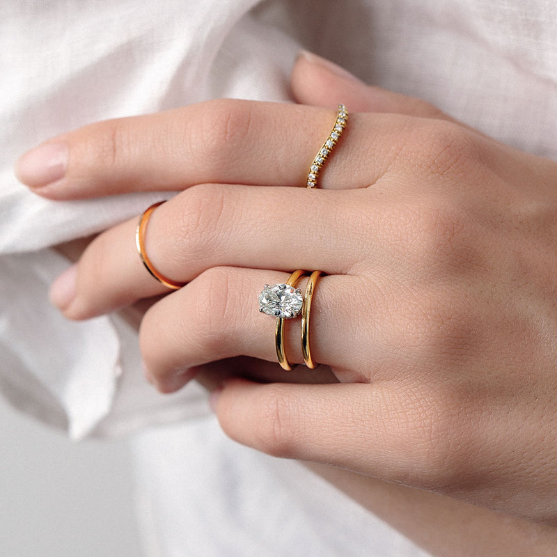 How to Pick the Perfect Band for Your Antique Solitaire Engagement Ring