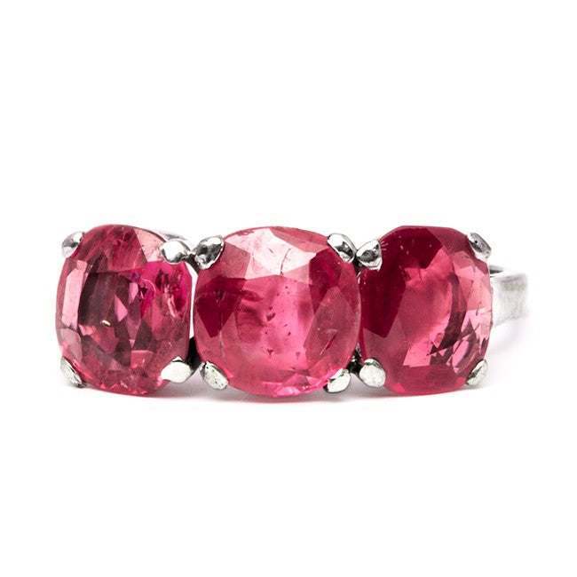 vintage burmese ruby three stone cocktail ring