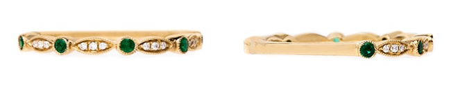vintage-inspired-emerald-yellow-gold-diamonds-wedding-band-zinnia