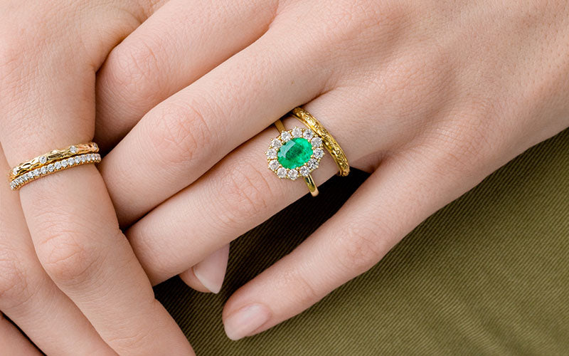 Difference Between Engagement And Wedding Ring.How To Pair Your Vintage Engagement Ring With A Wedding Band