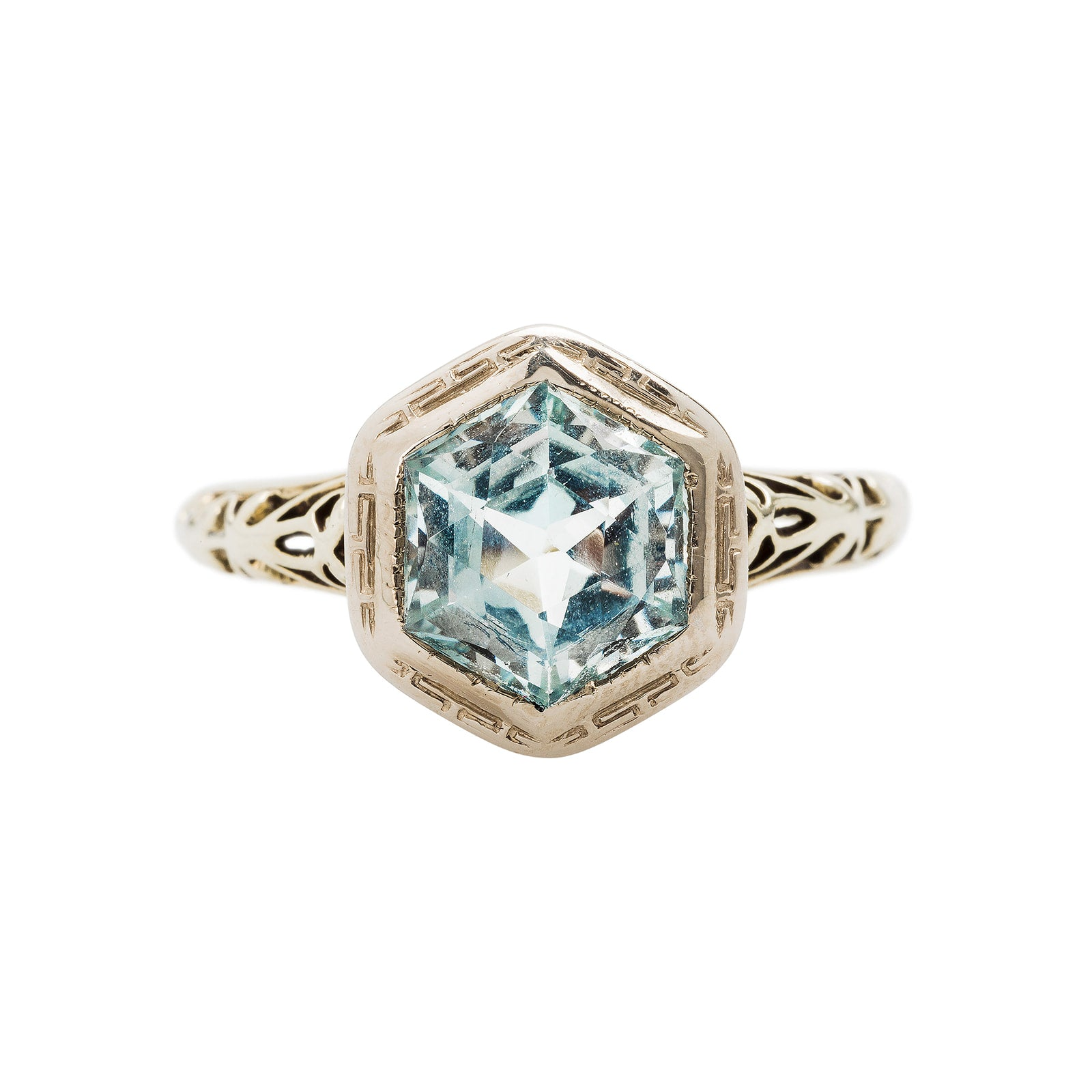 A Lovely Authentic Art Deco Aquamarine and Gold Ring