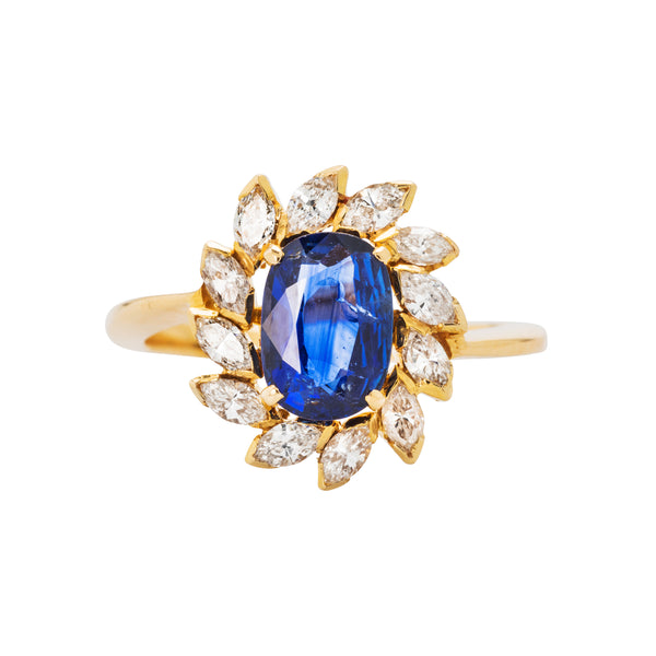 Chic 18k yellow gold authentic 1960's sapphire and diamond ring.