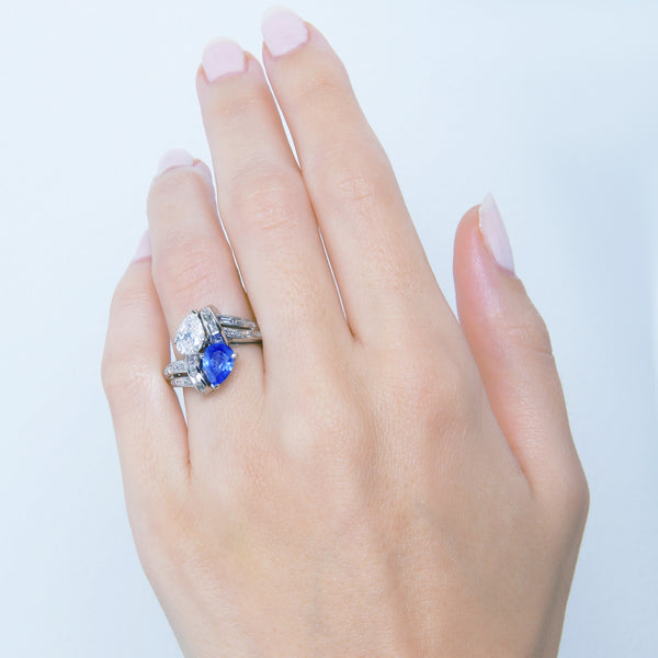 Mid-Century Sapphire and Diamond Toi et Moi Ring | Beachpoint