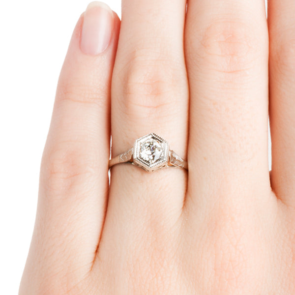 Vintage Classic Solitaire Engagement Ring