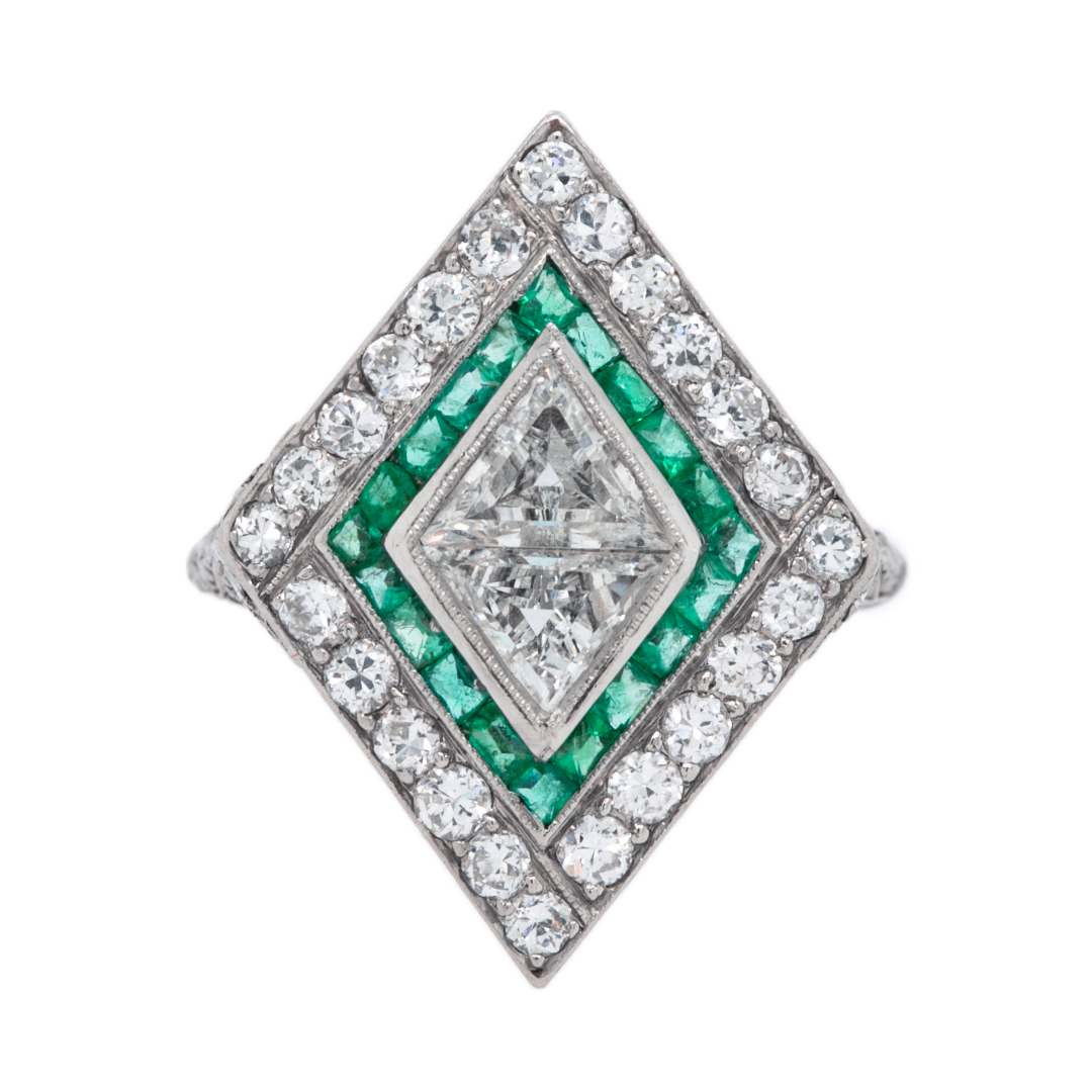 Jaw-Dropping Kite-Shaped Art Deco Diamond Engagement Ring | Buchanan