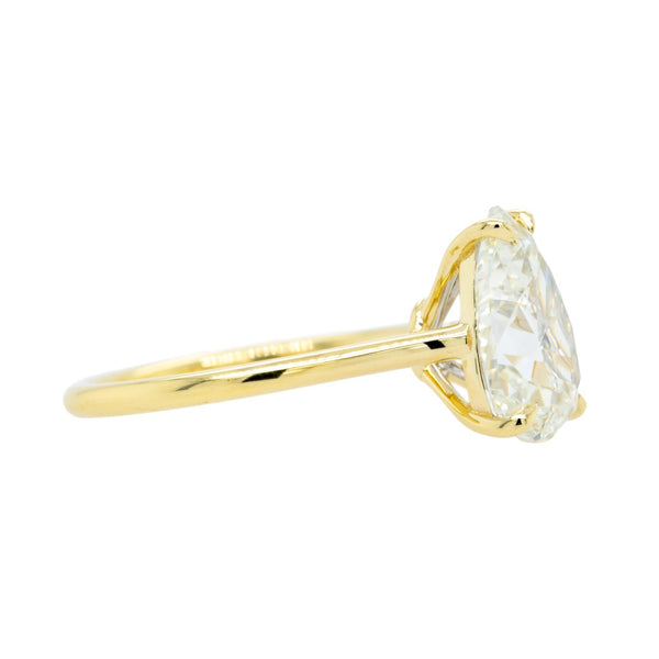Fantastic 18k Yellow Gold 3ct Pear-Shape Diamond Solitaire | Lira