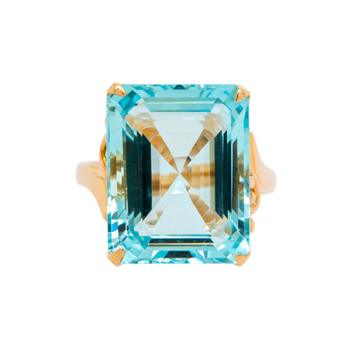 Dreamy Mid-Century Aquamarine Cocktail Ring | Hampton Bay