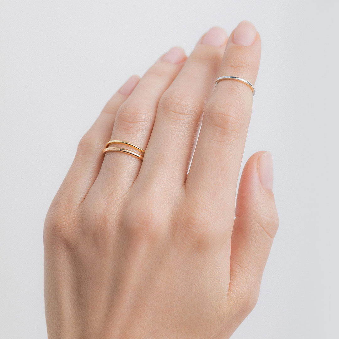 Delicate Minimalist Yellow Gold Wedding Band Lyon Trumpet Horn