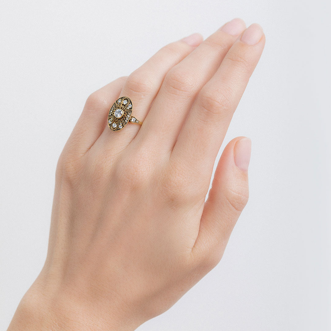 Edwardian Style Engagement Rings Find Yours At T H Trumpet Horn