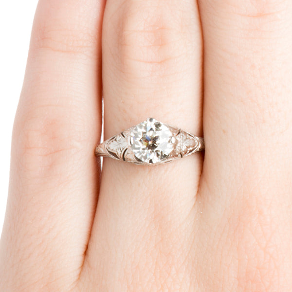 Vintage Classic Engraved Solitaire Engagement Ring