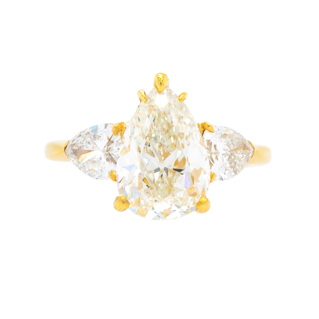Mid-Century Three-Stone Pear Diamond Ring in 18k Gold | Manhattan Beach