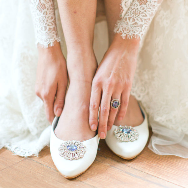 Late Art Deco Engagement Ring with Sri Lankan Sapphire | Pacifica | Photo from Bella Belle Shoes