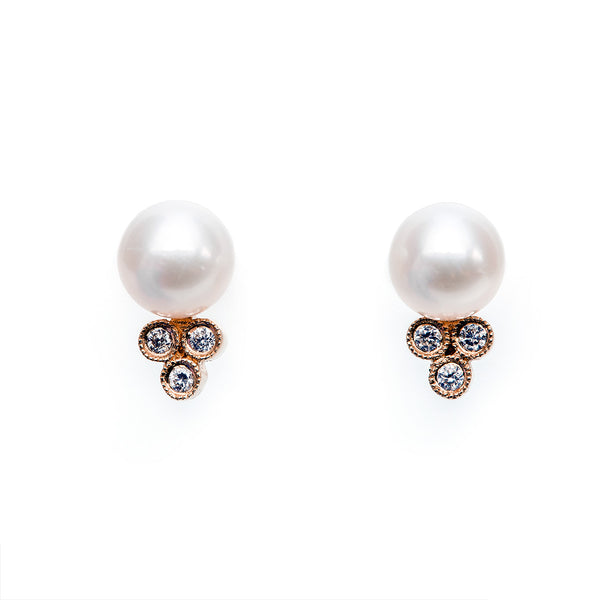 Pearl & Diamond Earrings for Your Wedding Day