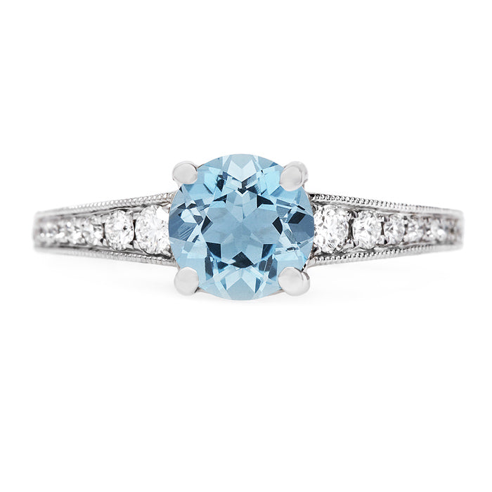 Classic and Simple Aquamarine Solitaire | Lilac from Trumpet & Horn