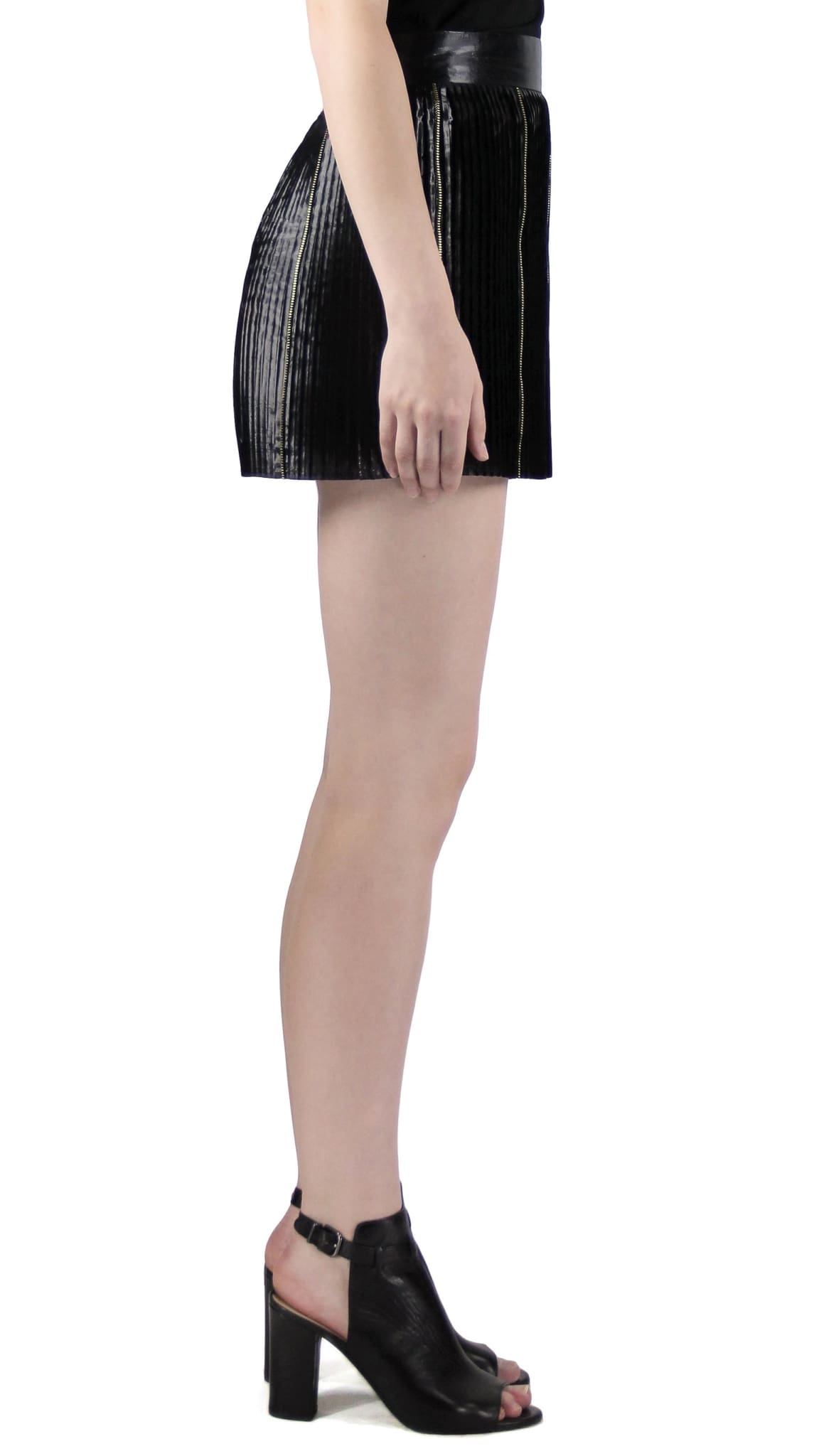 Black Pleated Zipper Mini Skirt by Chanho Jang | Nineteenth Amendment
