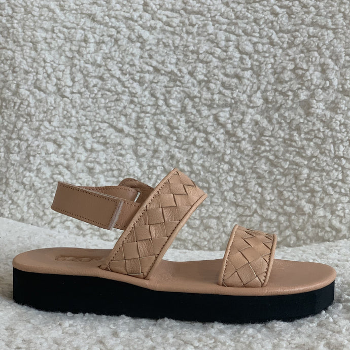 Theron Woven Sandals in Soft Tan