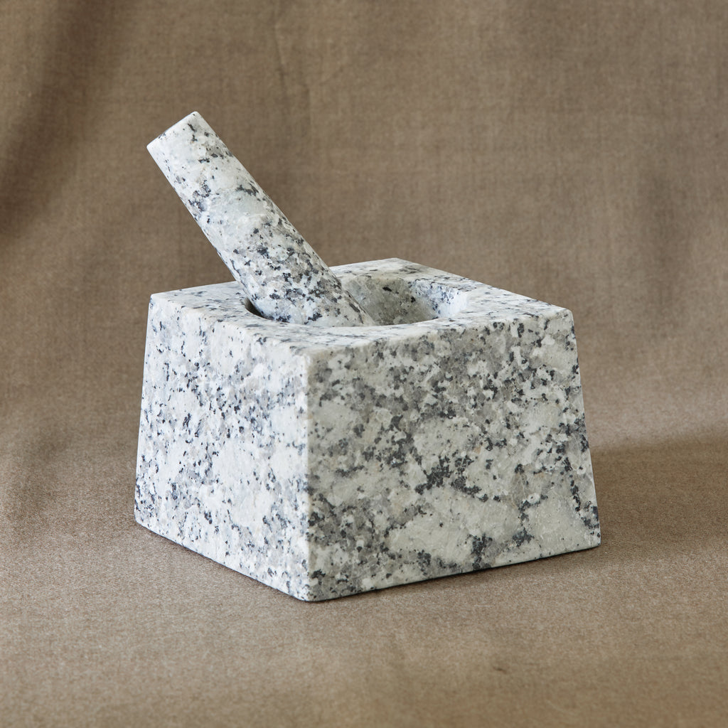 MODERN SQUARE MORTAR & PESTLE