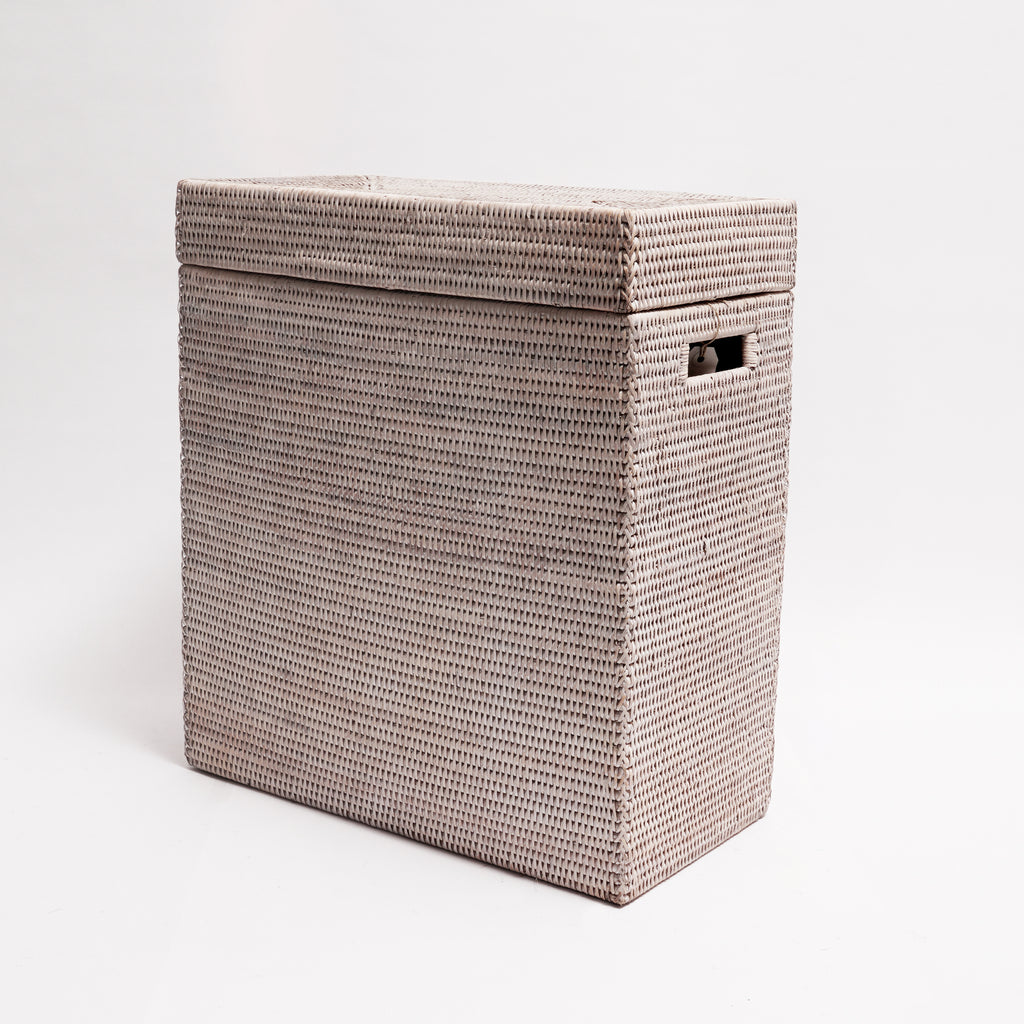 Rectangular hamper in white wash rattan