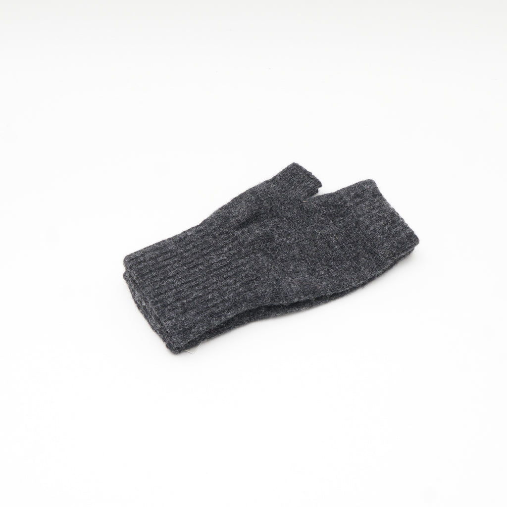 Women's lambswool fingerless gloves from Scotland