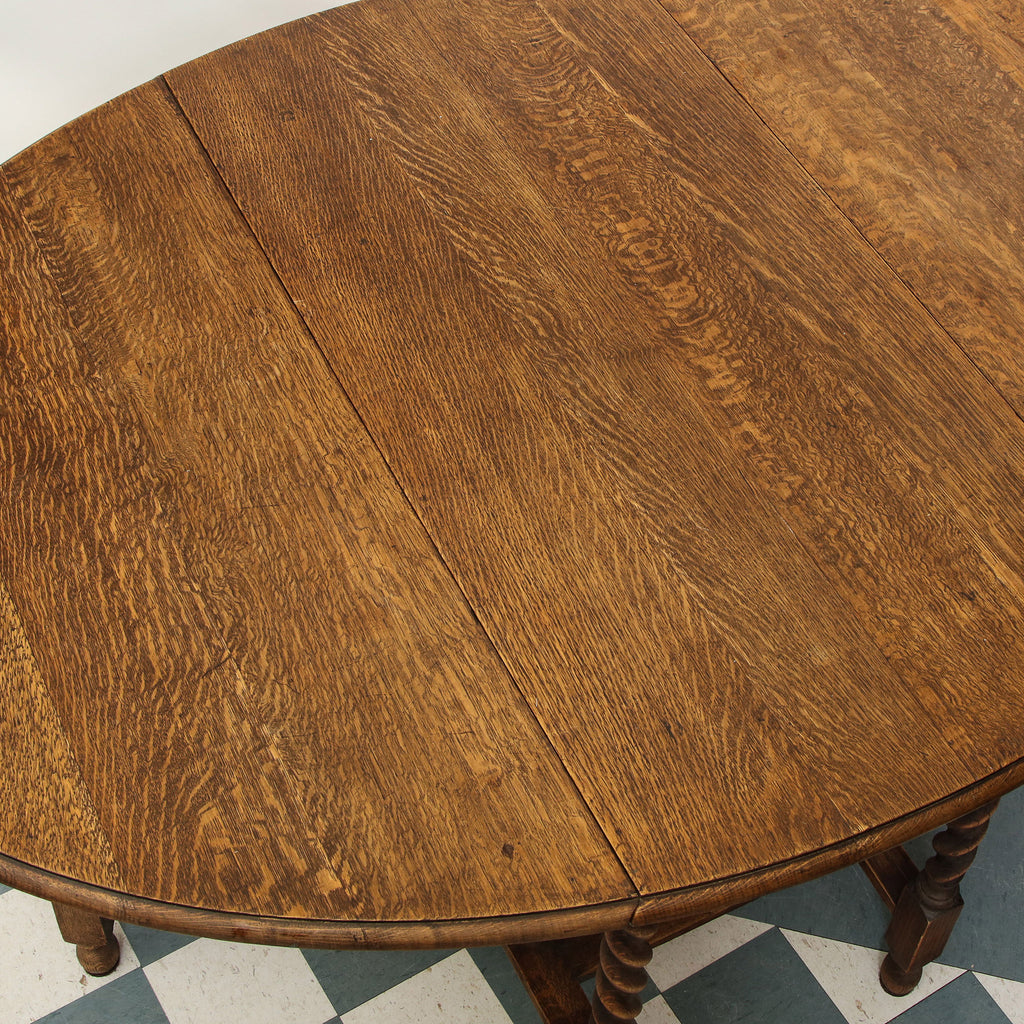 Oak oval gate leg table c.1920
