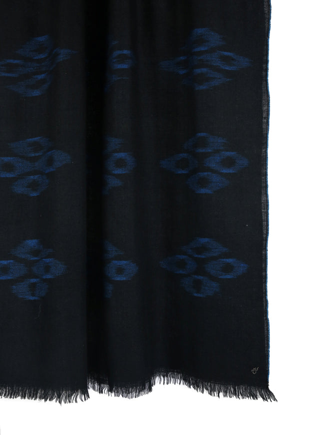 Zaro-Electric-Black-hand-woven-cashmere-scarf-kashmir-loom