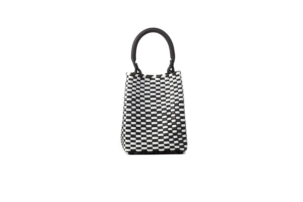 TRUSS Small Woven Leather/Plastic Top Handle Bag in Blk/White