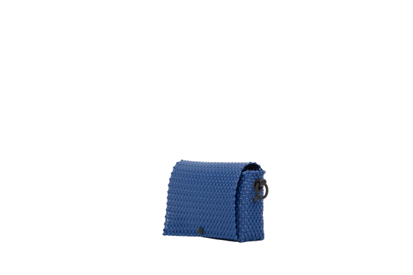 TRUSS Glass Bead Strap Baguette Handbag in Blue w/Blue Beads