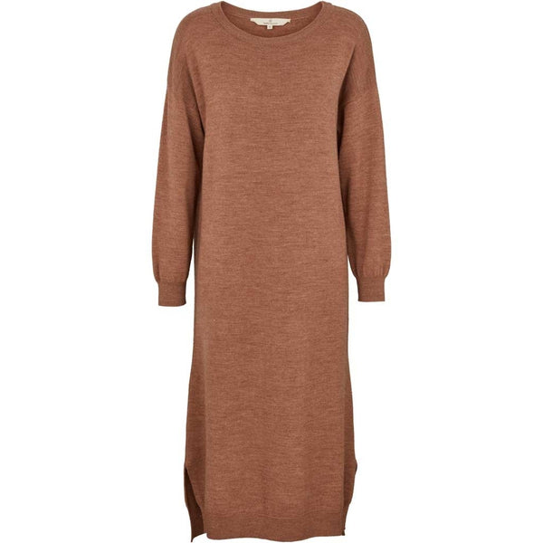 VERA dress (warm sand) i merinould fra Basic Apparel