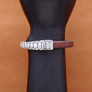 SMOOTH LEATHER BANGLE WITH SNAKE SKIN PATTERN