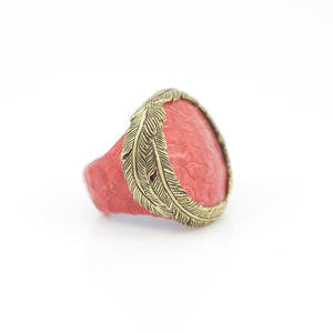 EXOTIC SKIN RING IN ROSE WITH YELLOW BRASS FEATHER CROWN