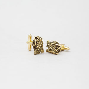 FEATHER CUFFLINK IN YELLOW BRASS