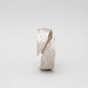 STERLING SILVER FEATHER BANGLE